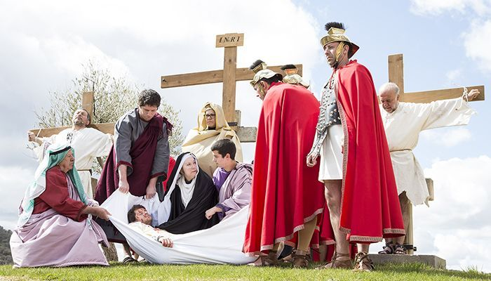 La música, la pintura y la realidad virtual se hacen hueco entre los actos religiosos de la Semana Santa trillana