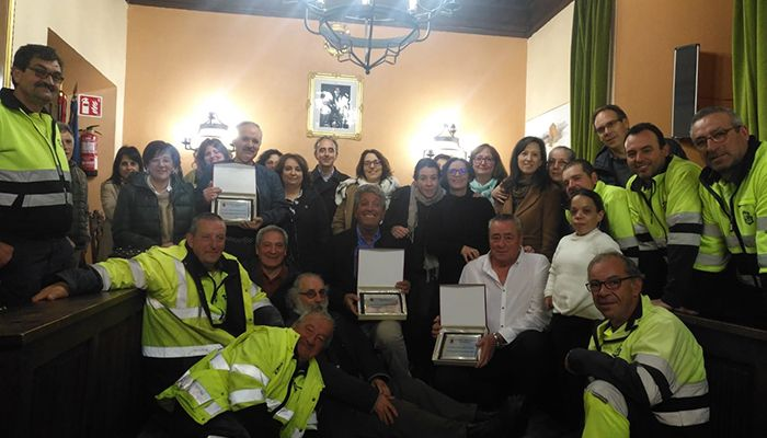 Sigüenza homenajea a tres trabajadores municipales con motivo de su jubilación