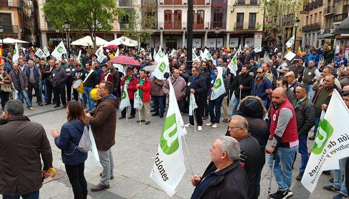 Unos 1.200 agricultores y ganaderos en Toledo piden atención política para los problemas del campo y el medio rural