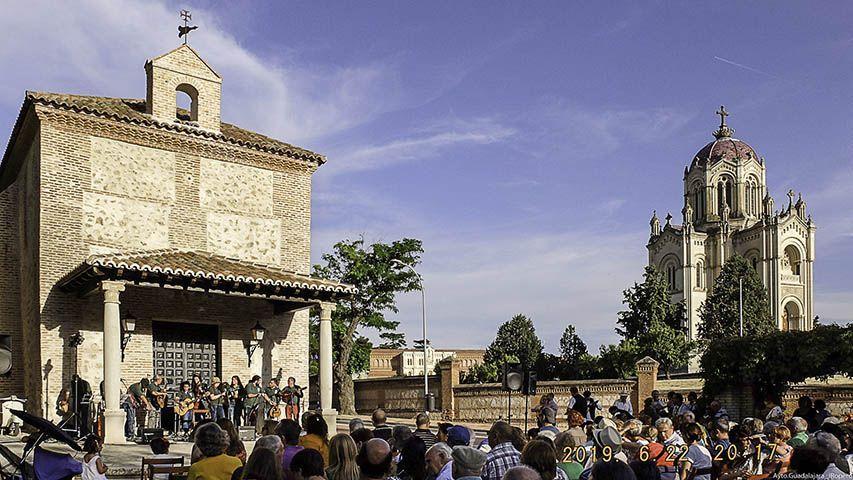 """El próximo sábado, 29 de junio, junto a la ermita de San Roque,  arranca la nueva edición de  los """"Bailes bajo la luna"""""""