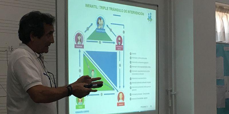 El Plan Municipal de Cabanillas contra el Acoso Escolar extiende su formación a familias y personal no docente