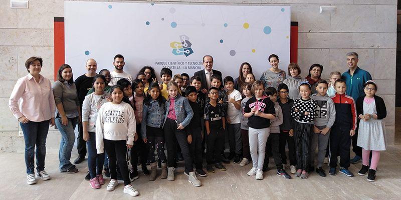 Alberto Rojo visita el Parque Científico y Tecnológico de Guadalajara en su Semana de la Ciencia