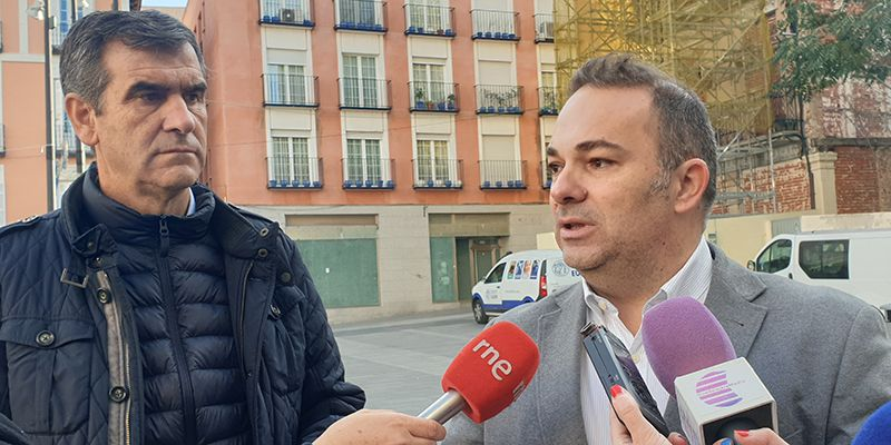 Carnicero anuncia que ya se puede quitar el andamio de la Plaza Mayor después de la sentencia favorable al gobierno del PP