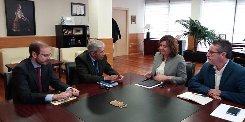 CEAT C-LM traslada a Patricia Franco el papel fundamental de los autónomos en la creación de empleo