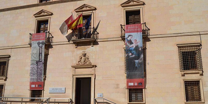 El Museo provincial acoge una conferencia sobre las inscripciones medievales en la provincia de Guadalajara