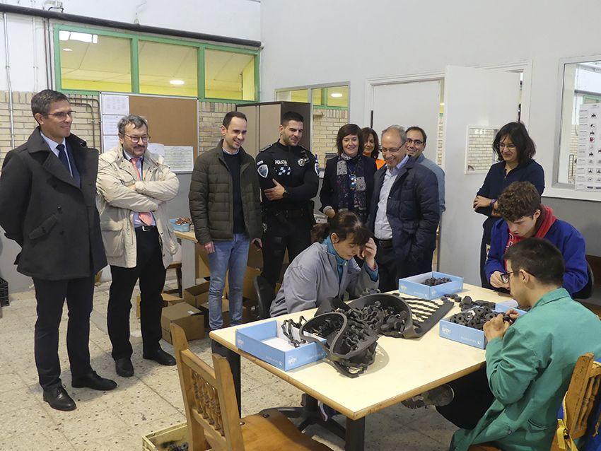 La Jefatura Provincial de Tráfico de Guadalajara forma en educación vial a un centenar de usuarios del centro ocupacional Las Encinas
