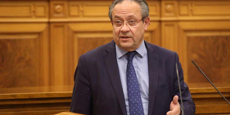 Ruiz Molina, a favor de rehabilitar instalaciones de la Guardia Civil con la condición de aumentar el personal de las Fuerzas y Cuerpos de Seguridad del Estado