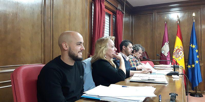 """El PP cree que el presupuesto municipal no responde a las necesidades de Azuqueca, """"sólo a las de un alcalde que quiere perpetuarse en el sillón"""""""