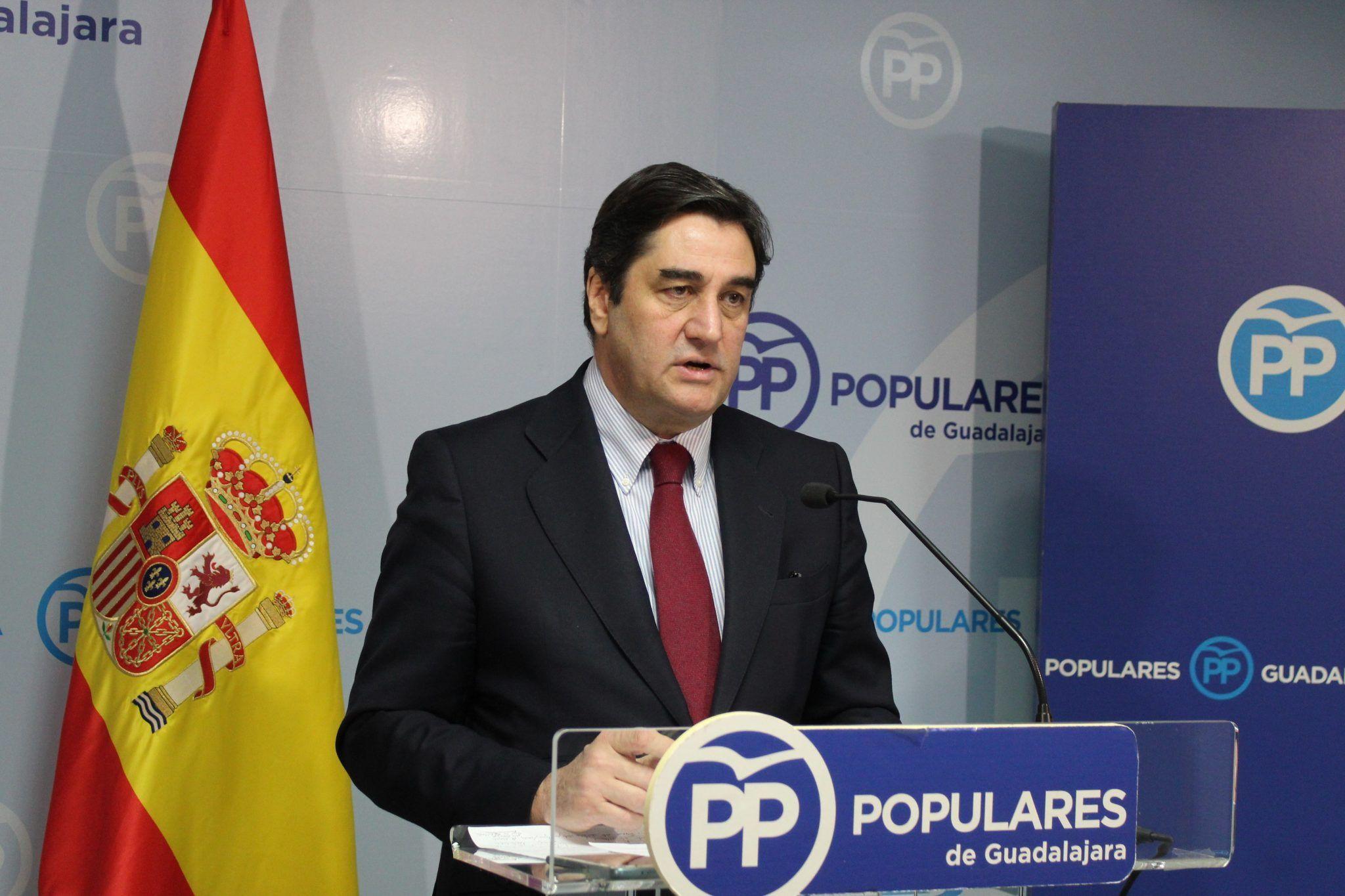 foto pp. josC3A9 ignacio echC3A1niz en un momento de la rueda de prensa 2048x1365 1   Informaciones de Guadalajara