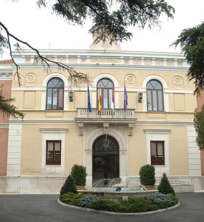 La Diputación de Guadalajara garantiza los servicios básicos a los municipios de la provincia