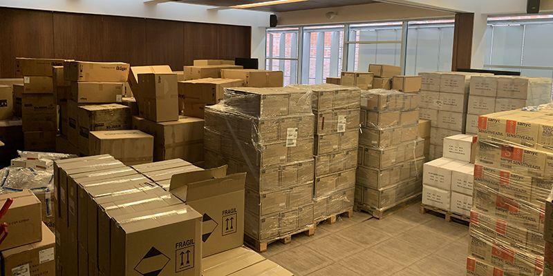 Distribuidos ya más de 2,3 millones de artículos de protección para los profesionales de los centros sanitarios de la Comunidad Autónoma