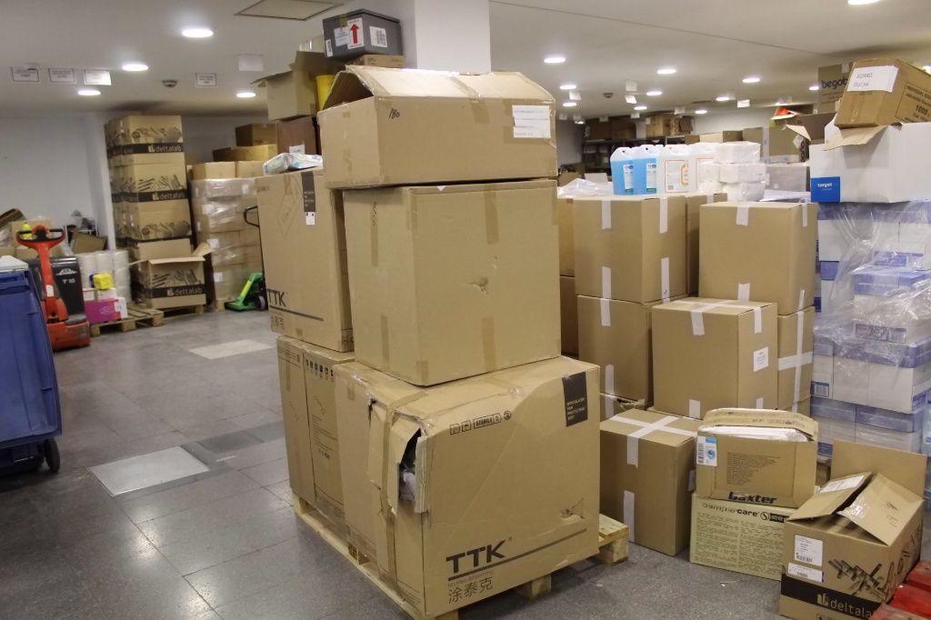 La Gerencia del Área Integrada de Guadalajara recepciona un nuevo cargamento de material de protección con más de 14.800 elementos