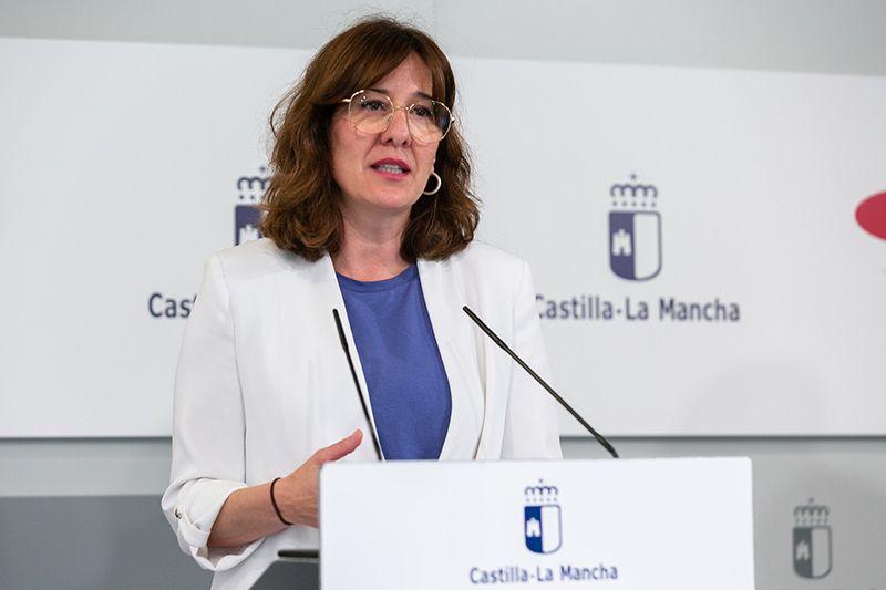 """El Gobierno regional subraya el """"impresionante compromiso humano"""" de toda la plantilla del SESCAM y la solidaridad de conjunto de la sociedad castellano-manchega"""