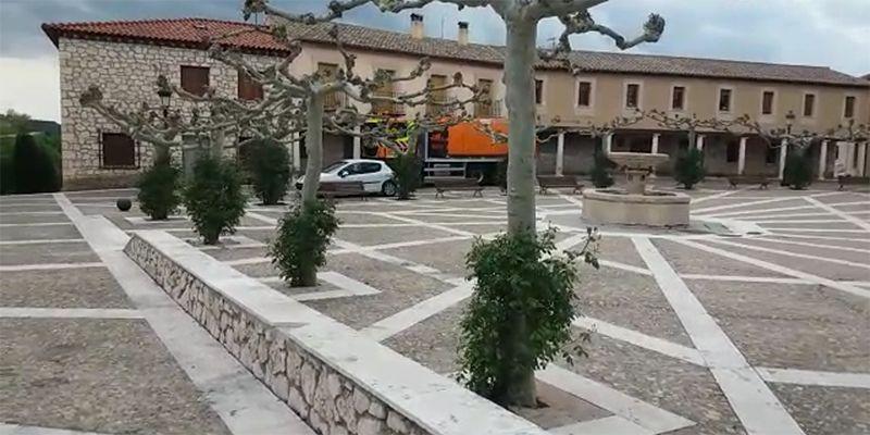 La Unidad de Carreteras del Estado colabora en la desinfección estaciones de servicio y calles de una docena de municipios de Guadalajara