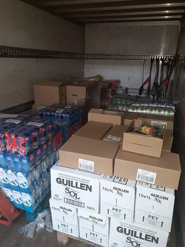 La Junta de Cofradías y Hermandades de Semana Santa de Guadalajara entrega a Caritas Diocesana alrededor de 2.000 kilos de alimentos