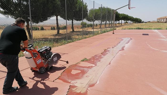 Comienzan las obras de remodelación de las pistas polideportivas del Mirador del Henares de Villanueva de la Torre