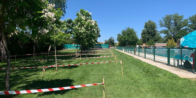 Los seguntinos se acostumbran, en pocos días, a las nuevas normas de seguridad de la piscina