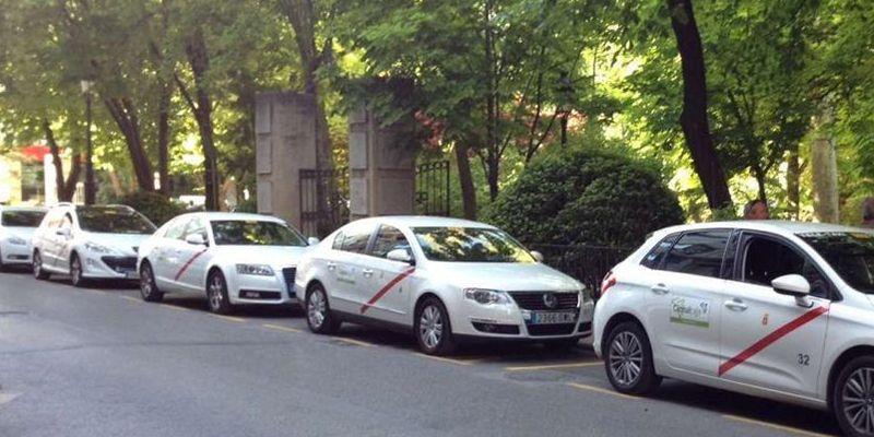 Los servicios prestados por el sector regional del taxi caen un 90 por ciento durante el estado de alarma