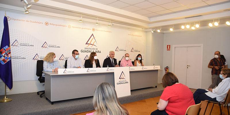 """Vega """"La Diputación de Guadalajara ha vuelto a ser útil para los municipios en un año marcado por la pandemia"""""""