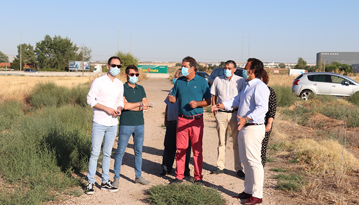 Ayuntamiento de Cabanillas y agente urbanizador firman el acta de replanteo e inicio de obras del Polígono de Moyarniz