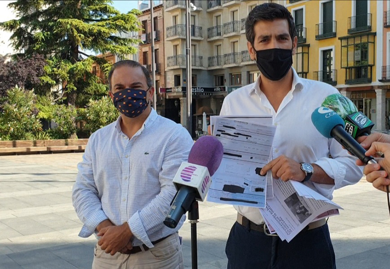 El Grupo Popular demuestra que hay hosteleros de la ciudad a los que el Ayuntamiento de Guadalajara no ha eximido del pago de la tasa de terrazas