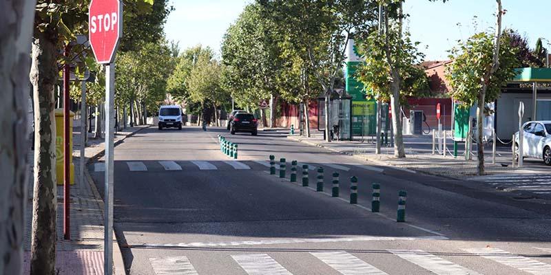 Mejoras en la iluminación de la calle Zalagarda, y nuevos guardias tumbados para Avenida de Guadalajara y Año Mariano de Cabanillas