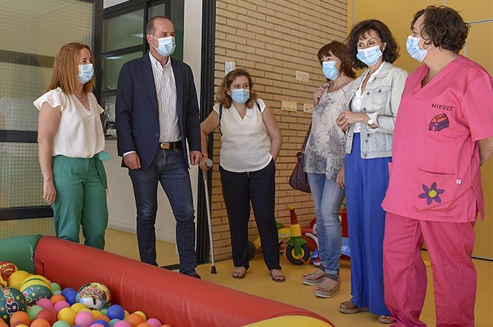 Alberto Rojo compromete 110.000 euros en ayudas para la conciliación y de apoyo a guarderías