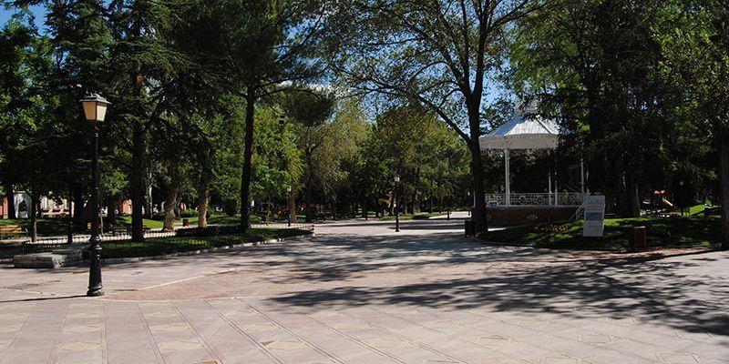 El Ayuntamiento de Guadalajara decreta el cierre de los parques y jardines, las instalaciones deportivas, el zoo y la Finca de Castillejos