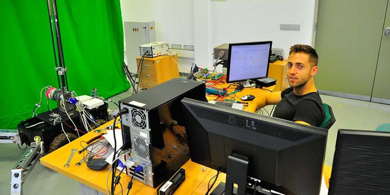 El exalumno de la UCLM Daniel Feliu consigue el Premio Nacional Robotnik a la Mejor Tesis Doctoral de Robótica 2019