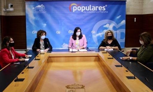 """El PP-CLM denuncia la improvisación de Page con el inicio del curso escolar porque ha tenido 6 meses para hacer """"su trabajo"""" y tomar medidas acertadas"""