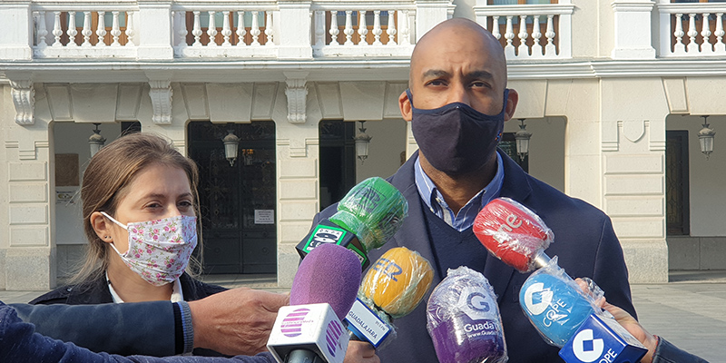 """Engonga muy crítico con Rojo """"Tenemos un alcalde sumiso que no es capaz de defender y proponer iniciativas para nuestra ciudad"""""""