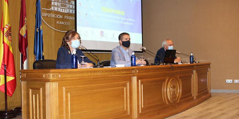 La Junta impulsa prácticas innovadoras en la intervención social de los profesionales de los servicios sociales
