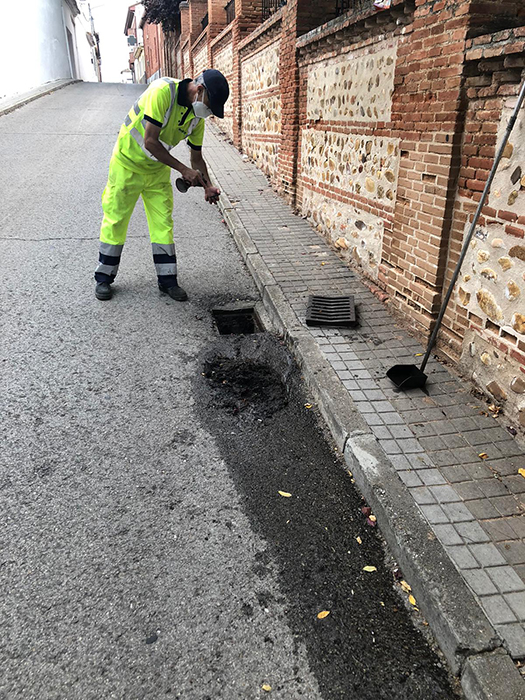 Seis empresas optan a hacerse con el contrato de la limpieza viaria de Cabanillas en su proceso de adjudicación