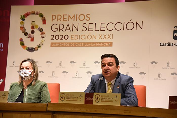 Castilla-La Mancha premia, con 19 galardones, el esfuerzo, compromiso, el origen y la calidad de empresas y productos agroalimentarios de 2020