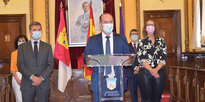 El Ayuntamiento de Guadalajara mantiene los protocolos de seguridad contra el Covid19 relajando algunas medidas