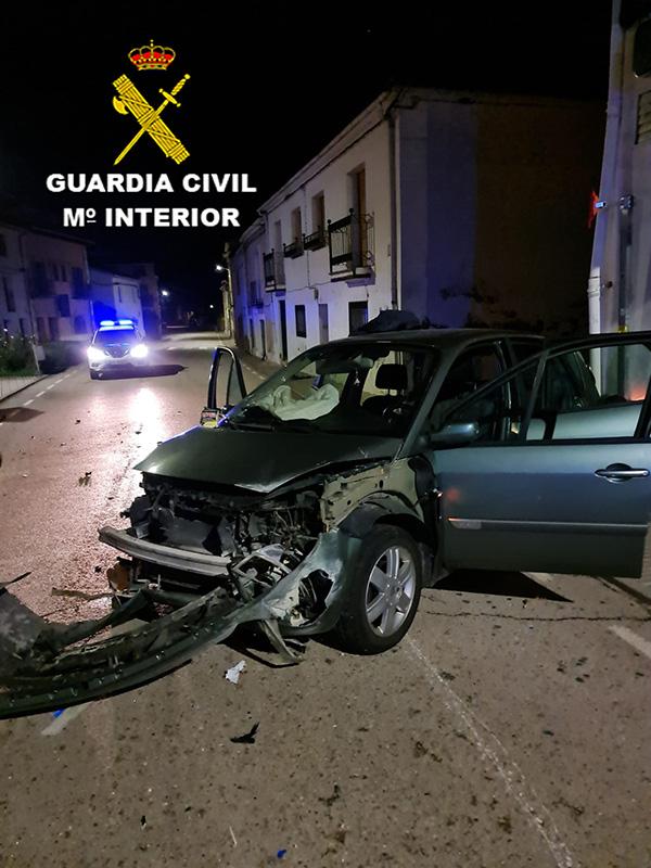 La Guardia Civil detiene a una  persona  en Jadraque como presunto autor de un delito  de atentado contra agente de la autoridad y otro de simulación de delito