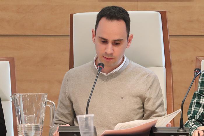 Salinas anuncia que llevará a un próximo Pleno una bajada transitoria del IBI, como medida de ayuda a las familias