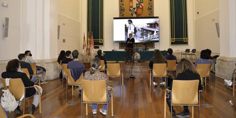 Una charla sobre la irrupción de los robots en el mundo laboral abre el programa 'Salto al empleo' del CIPE
