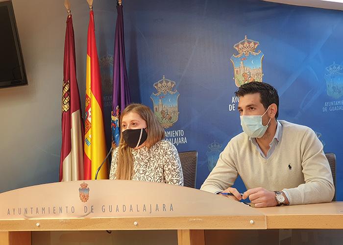 El PP denuncia que Alberto Rojo está convirtiendo el Ayuntamiento de Guadalajara en una agencia de colocación de cargos del PSOE