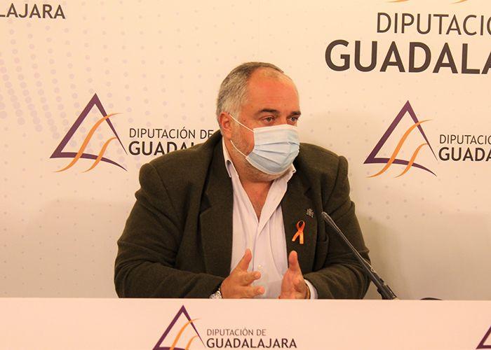 El PP destaca que el PSOE no contempla en sus presupuestos el personal para el Parque de Bomberos de Sacedón
