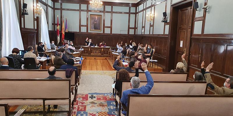 La Diputación de Guadalajara aprueba ubicar oficinas de recaudación en los ayuntamientos de Molina y Sigüenza