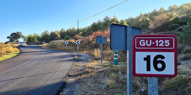 La Diputación de Guadalajara arregla la carretera GU-125 entre Sigüenza y Guijosa