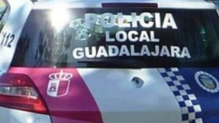 La Policía Local de Guadalajara impone 94 denuncias, la mitad por superar el máximo de seis personas por reunión e incumplir el horario nocturno