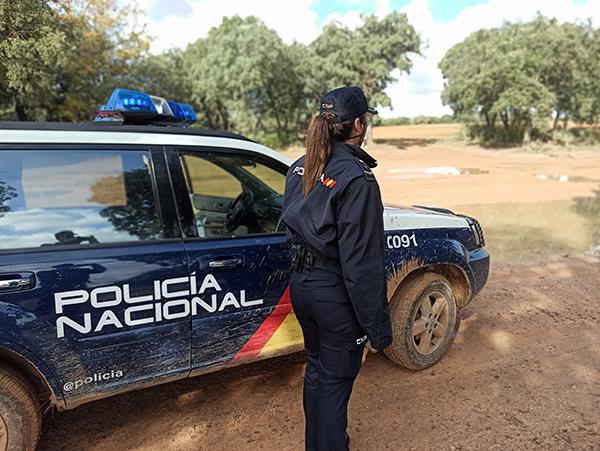 La Policía Nacional localiza a un matrimonio que se había desorientado en el paraje natural de Miraflores cuando buscaba setas