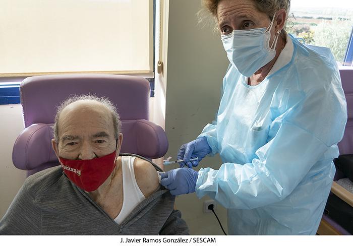 Continúa en Guadalajara la vacunación contra el Covid-19 en la residencia Los Nogales de Fontanar, después de vacunar en Los Olmos, Horche, Lupiana y Villanueva de la Torre