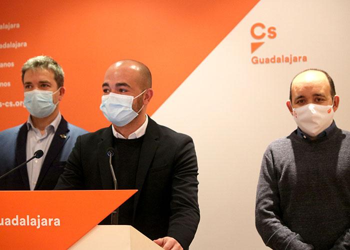 Cs exige a García-Page que invierta más en el Centro de Salud de los Valles y le reclama el Instituto para Yebes
