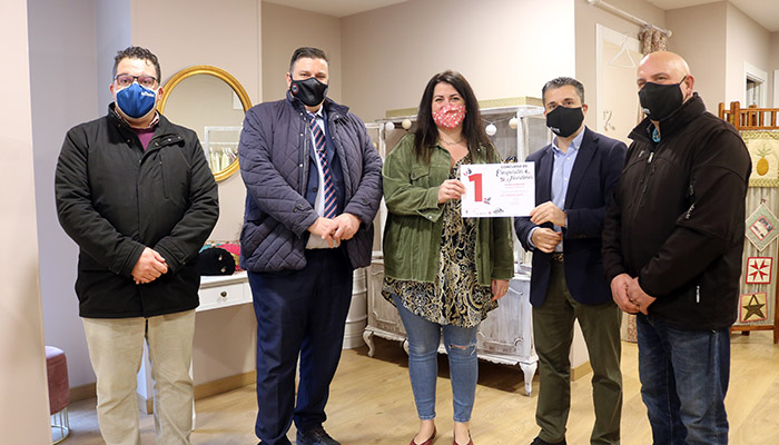 Concurso de Escaparates - La Coqueta Lola primer premio tradicional