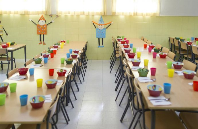 El Ayuntamiento de Guadalajara ha repartido por primera vez estas Navidades 1.065 comidas  a 136 niñas y niños becados