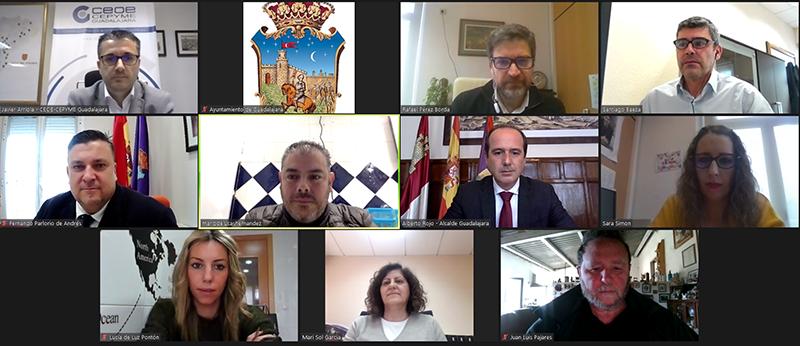 El Ayuntamiento de Guadalajara se reúne con CEOE y la Federación de Turismo y Hostelería para trabajar en nuevas ayudas por la covid19