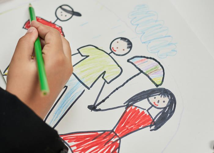 El Gobierno regional ha desarrollado más de 1.500 talleres en las 'Aulas de familia' de la región en los últimos tres años